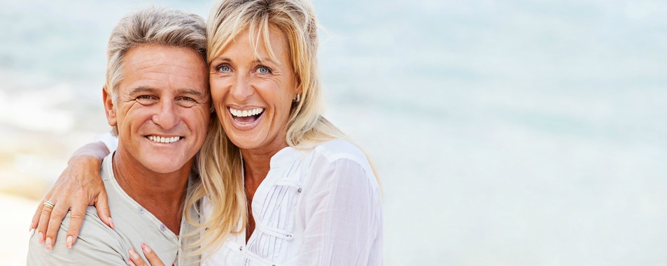 couple smiling after receiving platelet-rich-plasma therapy in richmond indiana